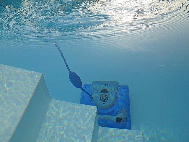vysavač pod vodou